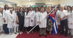 Cuban doctors, ready to fly abroad. Photo: Minrex